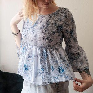 Jane and Delancey boho floral bell sleeve top